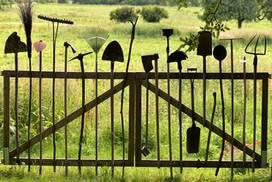20200913-1848-gardening-tools-272x182
